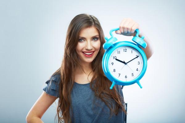 Перевод часов в России. Фото shiksabd.com
